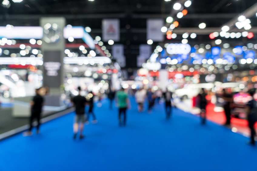 4 Ways to Use Pipe and Drape for Trade Shows
